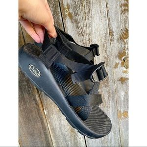 CHACO black hiking sandals